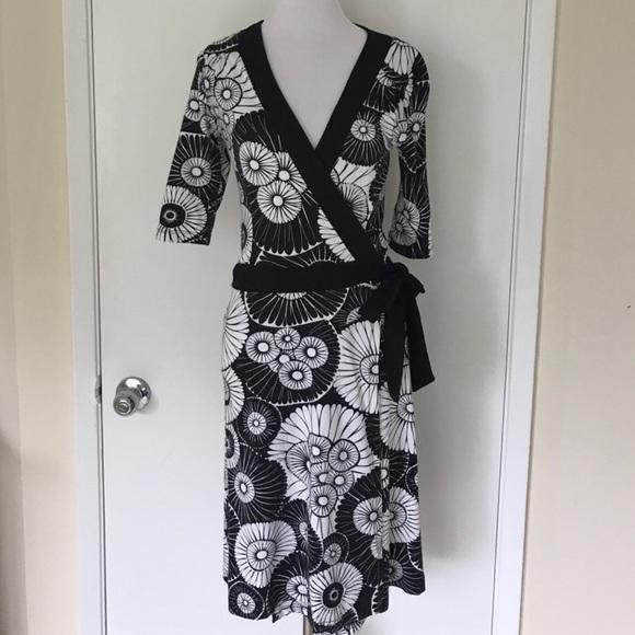 H&M Dresses & Skirts - KIMONO DRESS.